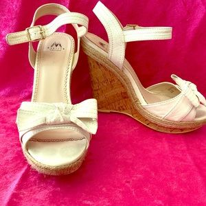 Shoedazzle Beige wedge heels 8.5